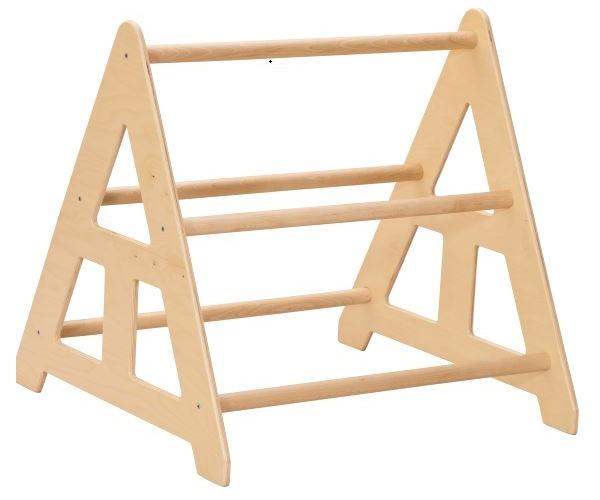 Houten staander voor gymnastiek planken, ladders en banken