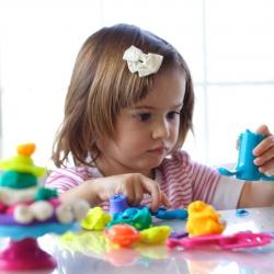 Het trainen van de oog- handcoördinatie bij kinderen